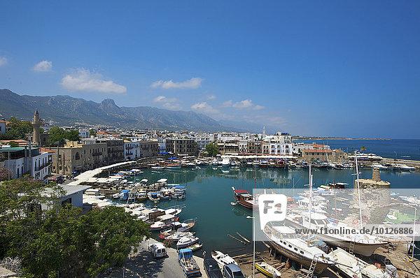 Hafen von Girne  Keryneia  Nordzypern  Zypern  Europa