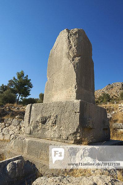 Pfeilergräber in Xanthos  Lykien  Südwestküste  Türkei  Asien