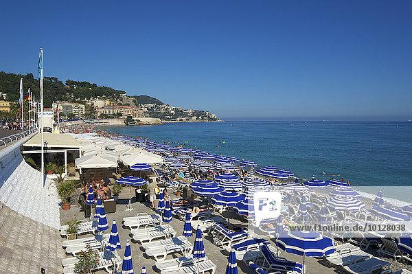 Strand an der Promenade des Anglais  Nizza  Côte d?Azur  Département Alpes-Maritimes  Provence-Alpes-Côte d?Azur  Frankreich  Europa
