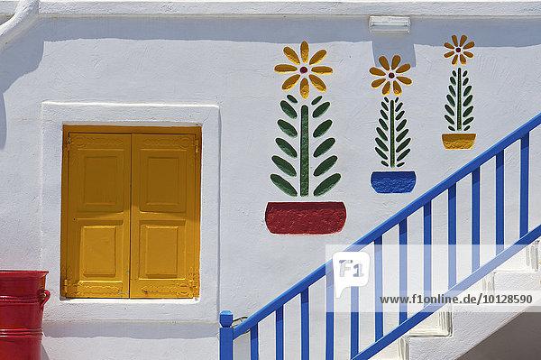 Bunte Treppe von einem Hotel  Mykonos  Kykladen  Griechenland  Europa Bunte Treppe von einem Hotel, Mykonos, Kykladen, Griechenland, Europa