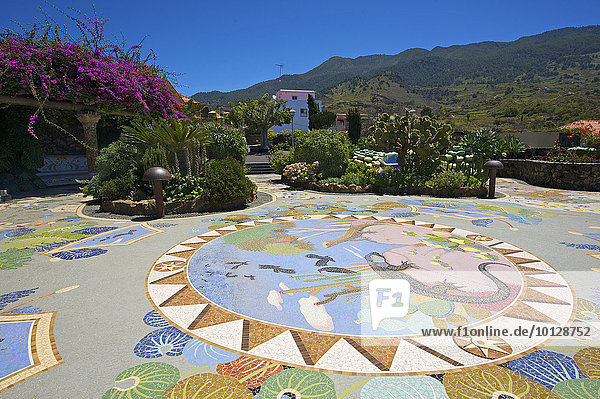 Bodenmosaik  La Glorieta  Las Manchas  La Palma  Kanarische Inseln  Spanien  Europa