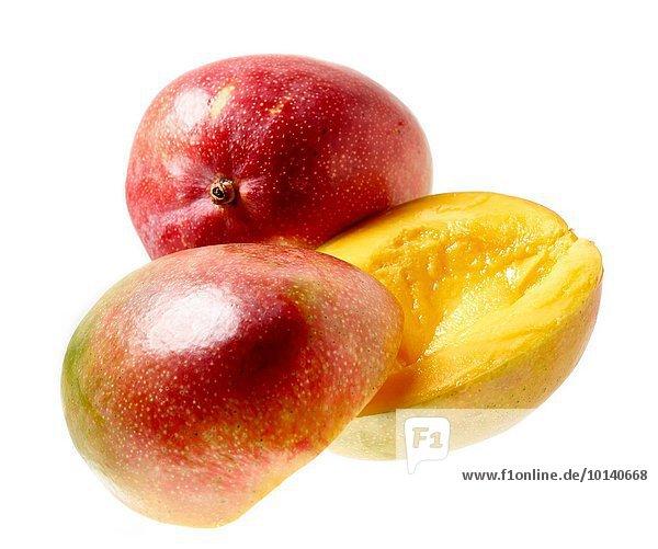Farbaufnahme Farbe gelb Frucht grün weiß Hintergrund rot Hälfte