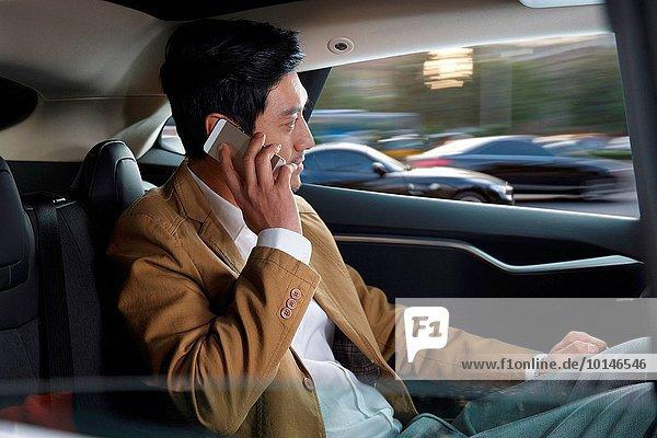 Mann Auto sprechen Business
