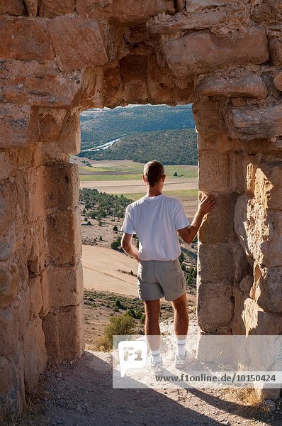 Mann sehen Palast Schloß Schlösser Landschaft Spanien