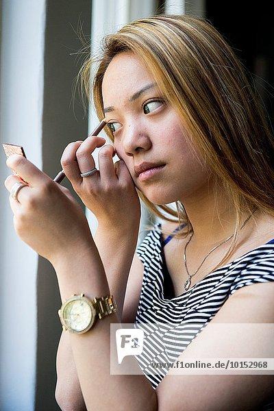 hoch oben Portrait Produktion chinesisch jung Studioaufnahme Niederlande Mädchen