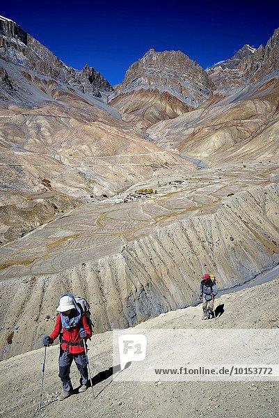 nahe über Dorf Himalaya Indien Ladakh