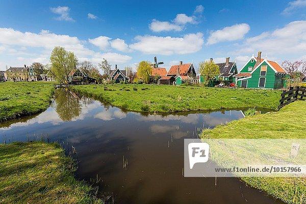 Europa Tradition Gebäude klein Geschichte Dorf Niederlande