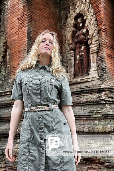 Frau Lifestyle Abenteuer Kleidung