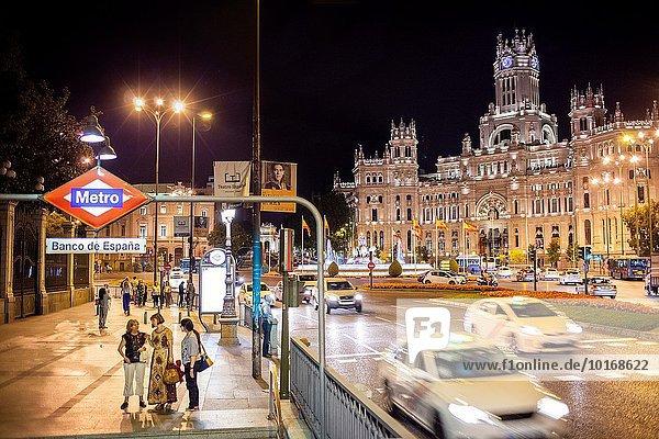 Madrid Hauptstadt Hintergrund Palast Schloß Schlösser Spanien