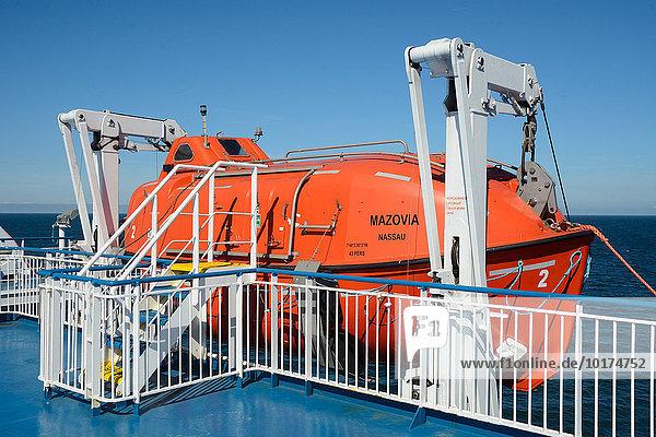 Rettungsboot auf der polnischen Fähre MF Masowien  Ostsee  zwischen Swinoujscie in Polen und Ystad in Schweden