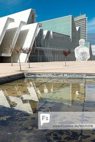 Gebäude Palast Schloß Schlösser Aragonien Spanien Zaragoza