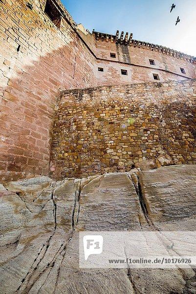 Tag Palast Schloß Schlösser befestigen Aragonien Spanien