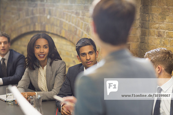 führen,Geschäftsfrau,Geschäftsbesprechung,Zimmer,Besuch,Treffen,trifft,Konferenz