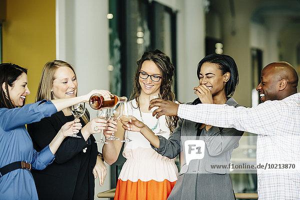Mensch Büro Menschen Fest festlich Wein Business
