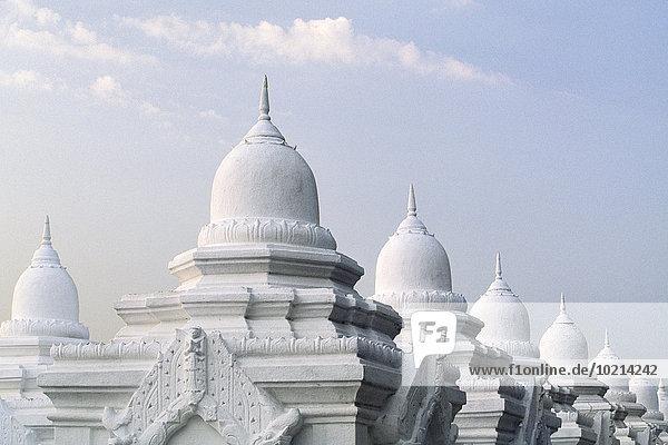 Kuppel Wolke Himmel unterhalb verziert Myanmar