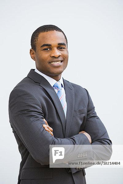 überqueren Geschäftsmann lächeln schwarz