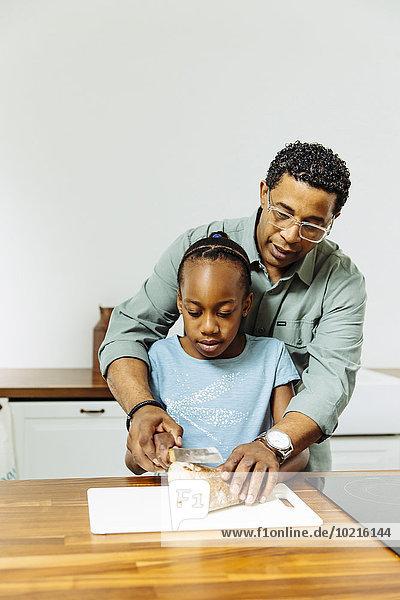 unterrichten Menschlicher Vater Brot Küche Scheibe Tochter