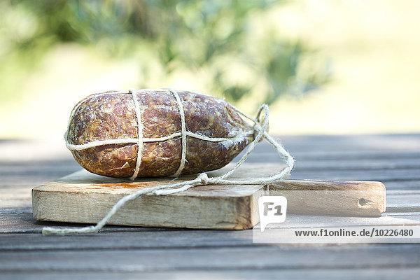 Italien  Toskana  Briciolona auf Holzplatte