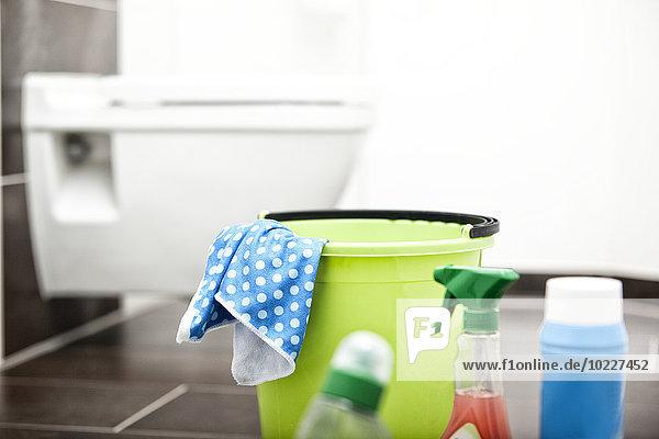 Reinigungsmittel im Bad