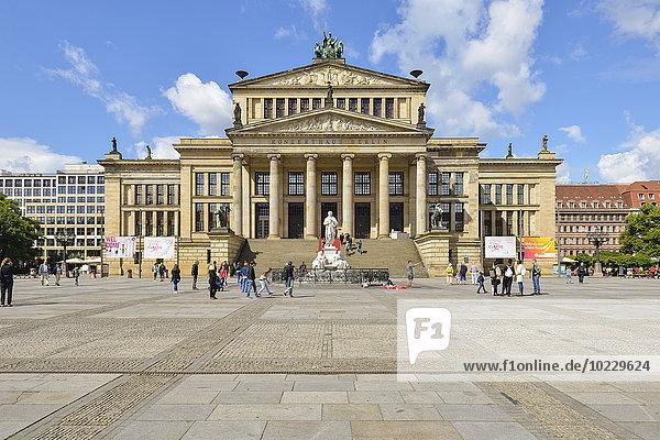 Deutschland  Berlin  Gendarmenmarkt mit Konzertsaal