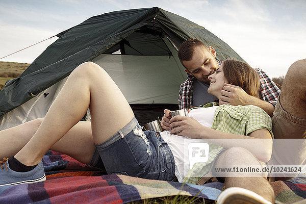 Fröhlichkeit Tasse Campingplatz Kaffee