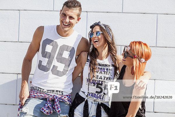 Mensch Lifestyle lachen Menschen jung Mode Hippie