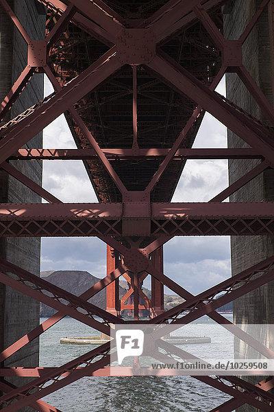 Architektonisches Detail der Golden Gate Bridge