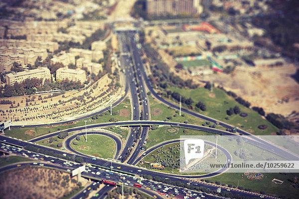 Tilt-shift-Bild der Autobahn in der Stadt  Teheran  Iran
