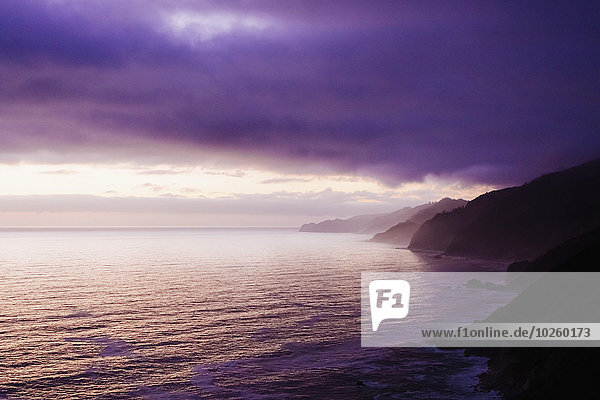 Landschaftlich schön,landschaftlich reizvoll,Wolke,Himmel,Meer,Ansicht,Abenddämmerung