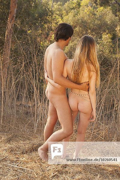 stehend,Natur,Rückansicht,Ansicht,Länge,voll,nackt