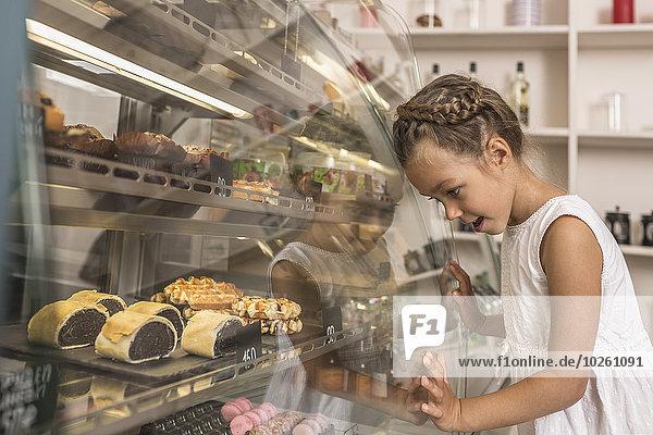 Bewunderung,Dessert,Ansicht,Laden,Seitenansicht,Mädchen,Bäckerei