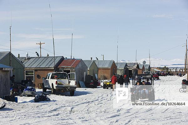 Vereinigte Staaten von Amerika USA Außenaufnahme Straße früh Noatak Alaska