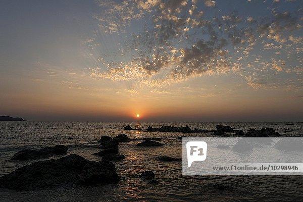 Sonnenuntergang über dem Meer  Ngapali-Beach  Ngapali  Thandwe  Rakhine-Staat  Myanmar  Asien