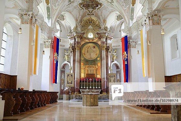 Altar und Chorbereich  Benediktiner-Erzabtei Beuron im Donautal  Beuron  Baden-Württemberg  Deutschland  Europa
