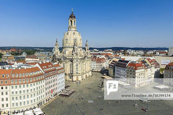 Panoramablick über Neumarkt und die Frauenkirche in der Altstadt  Dresden  Sachsen  Deutschland  Europa