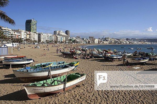 Colorful wooden boats at Playa de las Canteras  Las Palmas  Gran Canaria  Canary Islands  Spain  Europe