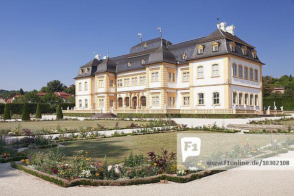 Barockschloss mit Rokokogarten  Veitshöchheim  Unterfranken  Franken  Bayern  Deutschland  Europa