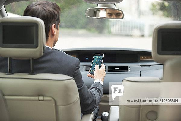Nutzung des Smartphones während der Fahrt