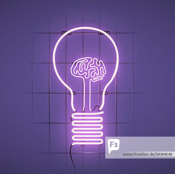 Beleuchtetes menschliches Gehirn in einer Glühbirne