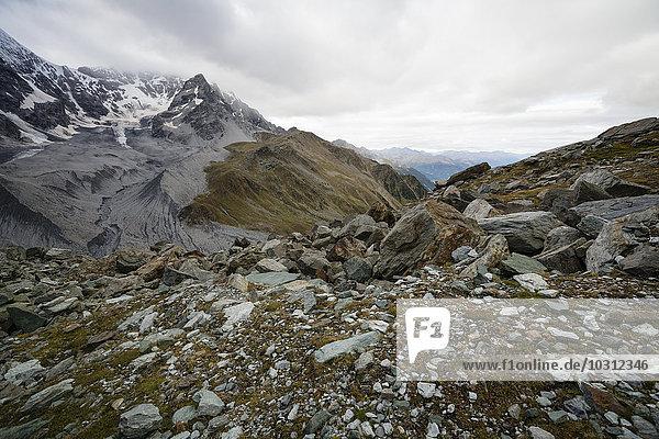 Italien  Südtirol  Blick auf die Ortler Alpen