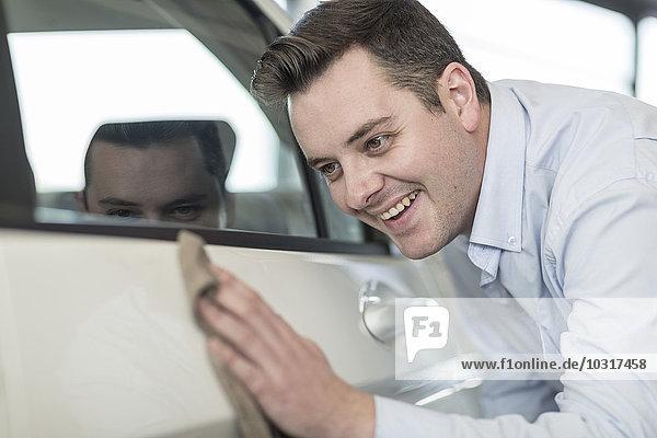 Autohausreinigung Neuwagen