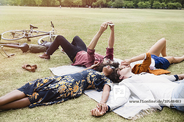 Freundschaft,Entspannung,nehmen,Decke,Kreis