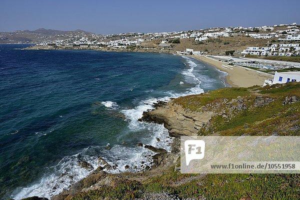 Bucht  Strand bei Chora oder Mykonos-Stadt  Mykonos  Kykladen  Griechenland  Europa