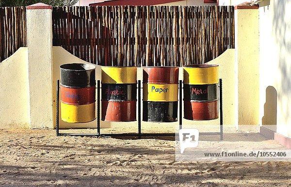 Mülltrennung  Lodge  Sossusvlei  Namibia  Afrika