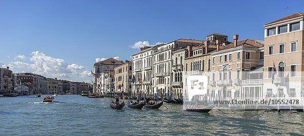 Canale Grande mit Gondeln  Venedig  Italien  Europa