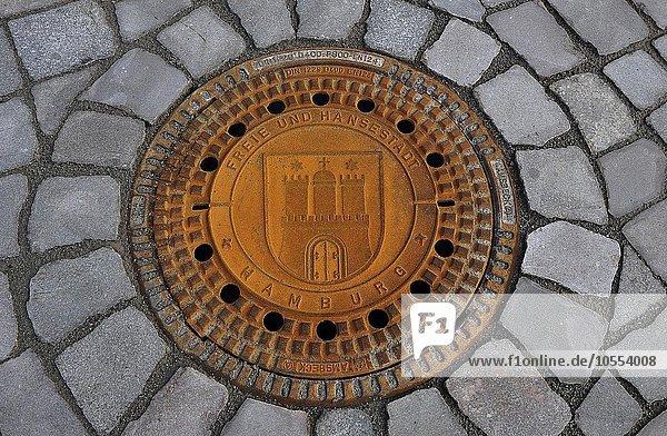 Gullideckel  Kanaldeckel Freie und Hansestadt Hamburg  Deutschland  Europa