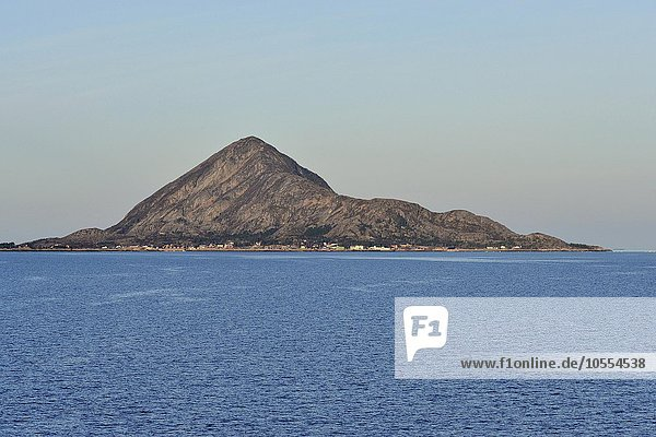 Felseninsel  Insel Bolga  Kommune Meløy  Nordland  Norwegen  Europa