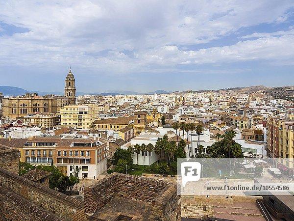 Ausblick von Monte de Gibralfaro auf die Altstadt  Málaga  Andalusien  Spanien  Europa