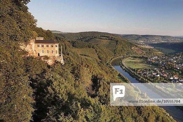 Klause Kastel mit Grabkapelle für Johann von Böhmen bei Kastel-Staadt  Rheinland-Pfalz  Deutschland  Europa