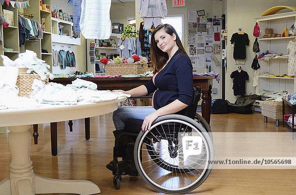 Behindertensport Frau kaufen Schwangerschaft Laden Baby Rollstuhl
